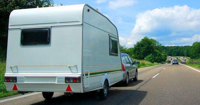 Caravan-on-Motorway