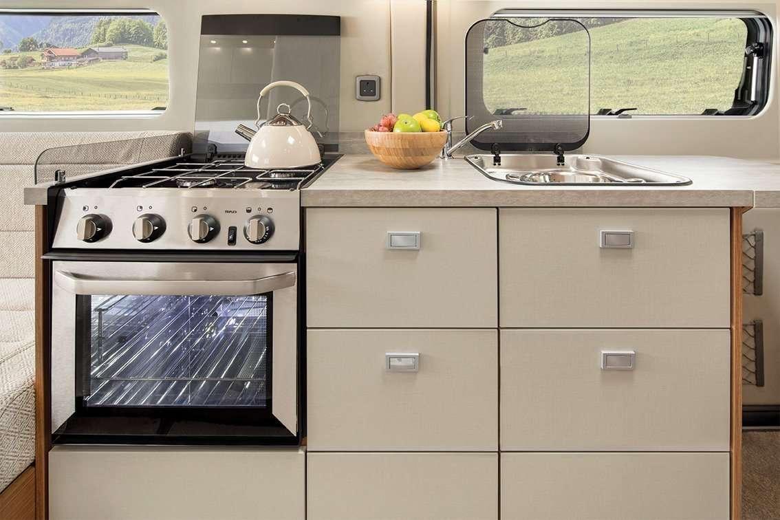 interior Auto Trail vline 635 kitchen