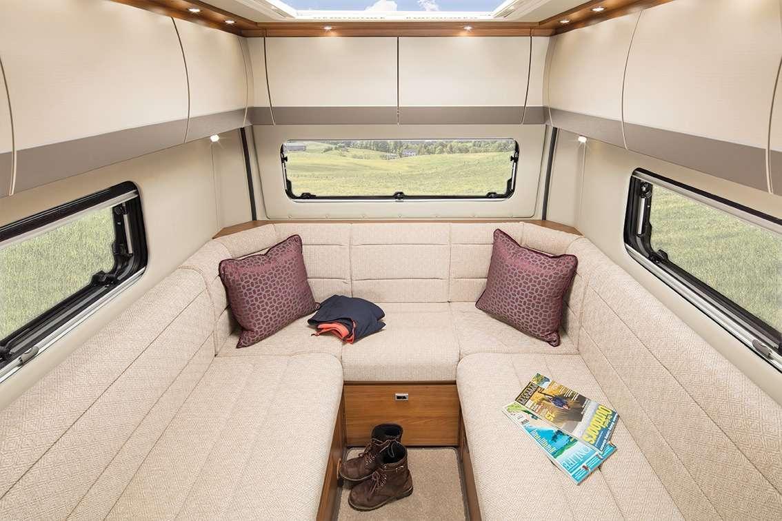 interior Auto Trail vline 635 living room