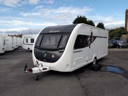 2021 Swift caravan challenger x 880