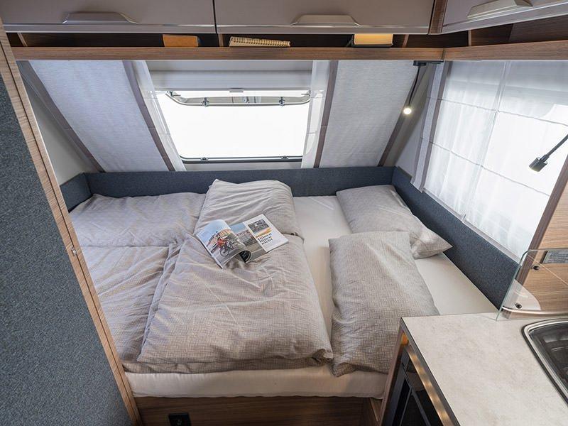 Knaus Sport 420 Sleeping area