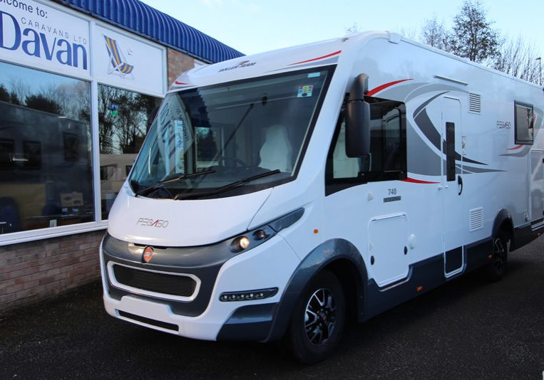 2018 - Roller Team - Pegaso 740 Exterior View Front